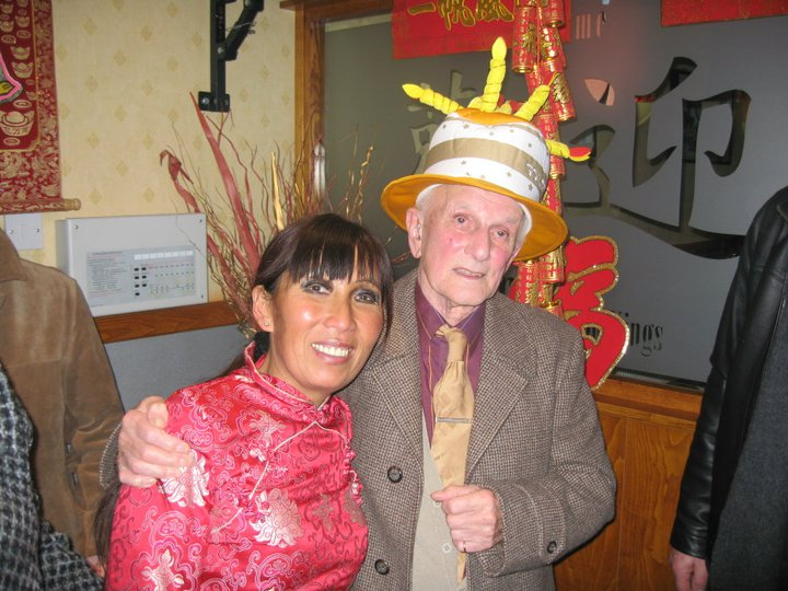 estuarant Chinese Food - Ling with a happy customer - Southport